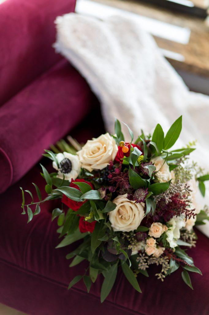 austin wedding photographer, studio k10, milwaukee wedding photographer, pine & posies